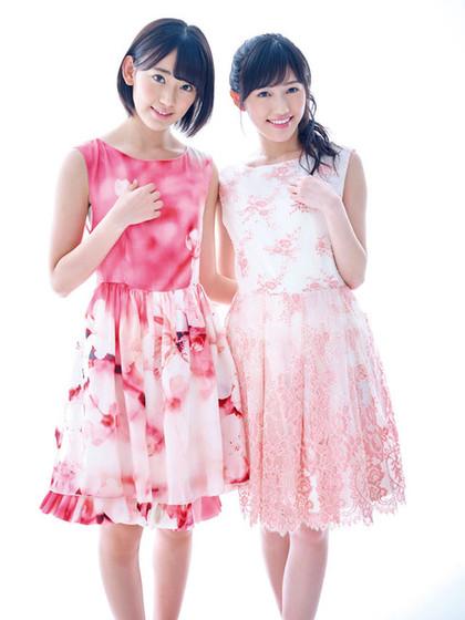渡边麻友(右)和宫胁笑良近来备受瞩目