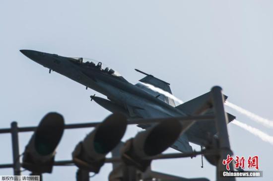 """布什/当地时间9月23日,美国海军F/A/18E超级大黄蜂完成对叙利亚""""..."""