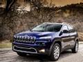 [海外试驾]新Jeep自由光 油耗百公里10升