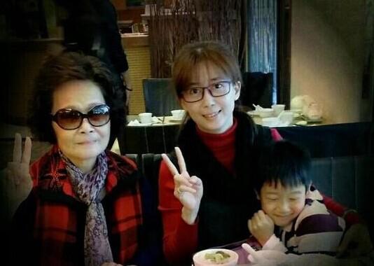 孟庭苇与母亲 儿子