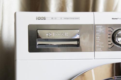 所有的i-DOS功能均智能体现在洗涤盒上