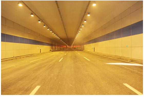 西宁火车站综合性改造工程下穿隧道开通