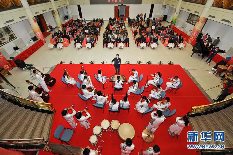 民乐合奏《花好月圆》.表演者:清华附中金帆民乐团