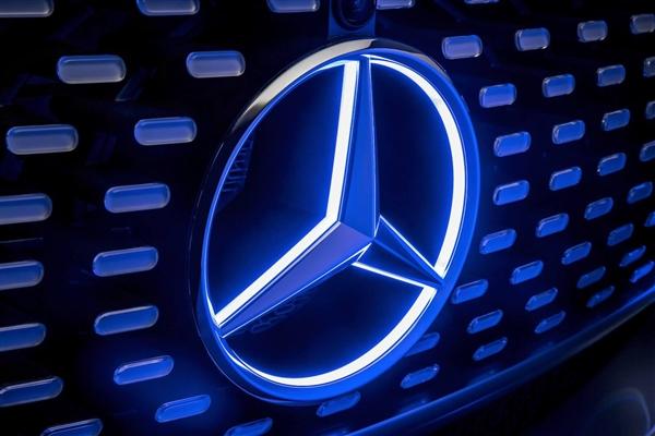 奔驰明日发布自动驾驶汽车 貌似比谷歌靠谱