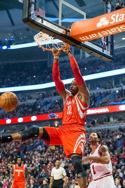 (体育)(1)篮球——NBA常规赛:公牛胜火箭