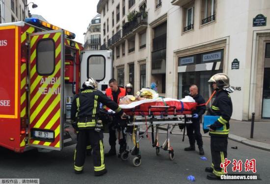 法国恐袭嫌疑人身份确定 法反恐部队赴兰斯缉凶