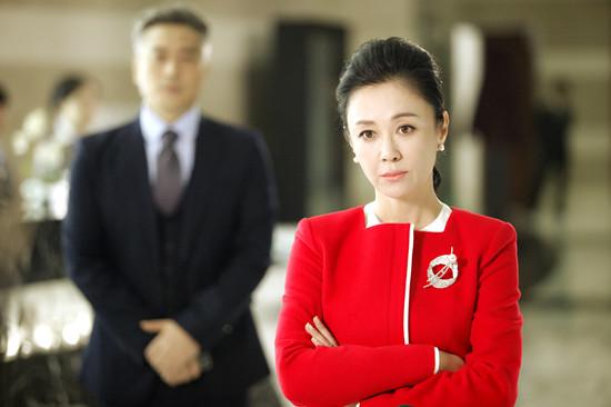 《只因单身在一起》傅艺伟变身霸道女总裁