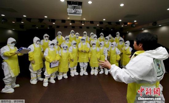 当地时间2014年10月24日,韩国首尔,韩国决定于11月初向埃博拉病毒疫情严重地区派遣医护人员先遣队。