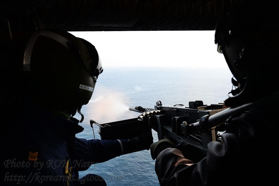 向着炮火前进韩国_韩国舰队新年开练炮火齐射(1/5)(组图)-搜狐滚动