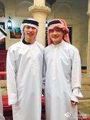 图文:国乒体验阿拉伯风情 马龙樊振东