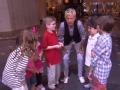 《艾伦秀第12季片花》S12E77 艾伦率童子军洗劫超市