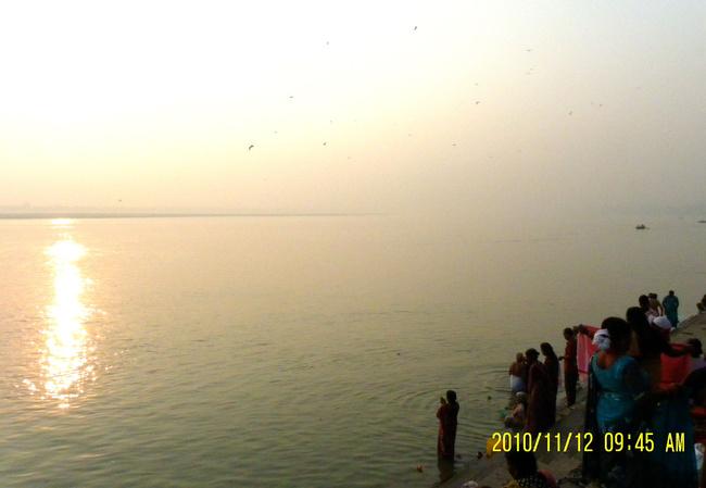 /瓦拉纳西被称为印度之光,是恒河沿岸最大的历史名城,相传6000...
