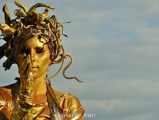 戈耳工三姐妹的头像——美杜莎