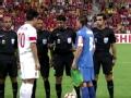 视频-赛前重量级握手 中乌两亚洲足球先生挑边