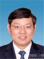 罗群,男,汉族,1962年11月生,安徽肥东人,1983年6月入党,1985年8月参加工作,在职研究生学历,博士学位,研究员级高级工程师。
