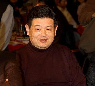 2005年8月30日,因患肝癌的著名演员傅彪,经抢救无效,在北京武警总医院去世。傅彪算是一个大器晚成的演员,当我们正欣赏到他演技高峰的时候,突然传出患病的消息,对于观众来说,无疑是一个巨大的遗憾。尤其是他在戏里是好演员,在生活中又是一个好人,被圈内许多朋友称赞。而演过的电影作品、电视剧作品、话剧作品也早已深深的印在了观众的心里。只是走的太早,享年42岁。