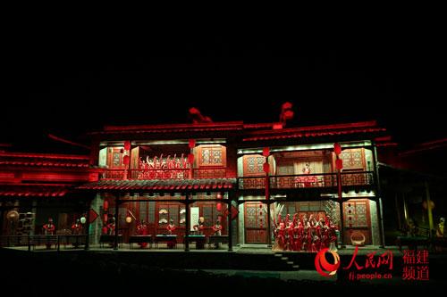 新版《印象大红袍》展示红袍茶冲泡技艺