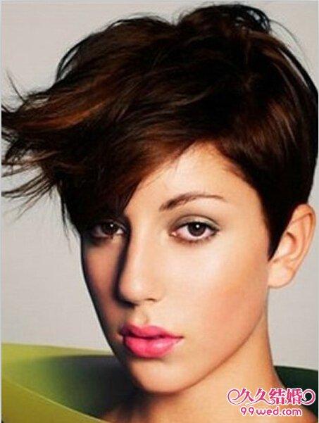 明星短发沙宣发型图片 时尚干练短发发型