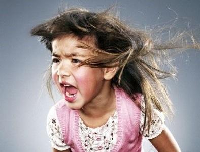 如何靠近 愤怒的小孩