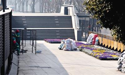 媒体4问上海踩踏 为何未问责更高级别官员