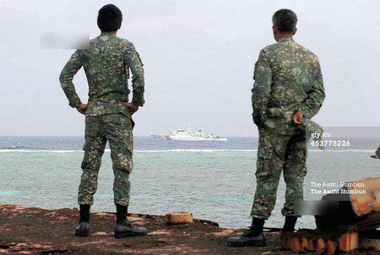 军只能天天看着中国海警执法船不停在沉船周边海域不间断的巡航.-图片