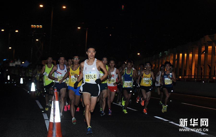 香港渣打马拉松赛及亚洲马拉松锦标赛赛况 组图