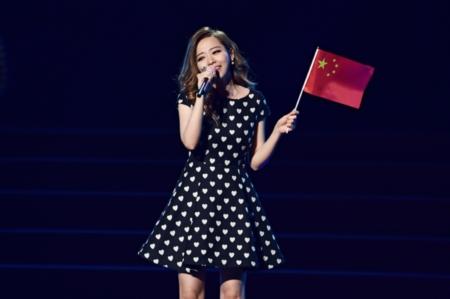 """搜狐娱乐讯 近日,""""2015我们的中国梦歌曲演唱会""""在清华大"""