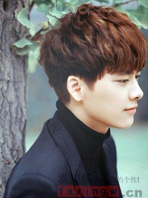 短发脸大烫发的发型设计韩式适合修颜男人颧骨高适合什么瘦脸发型图片