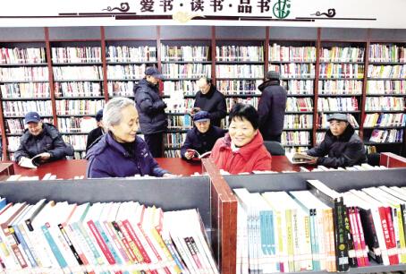 """/山东东营:党员志愿者建成""""爱心书屋""""(图)"""