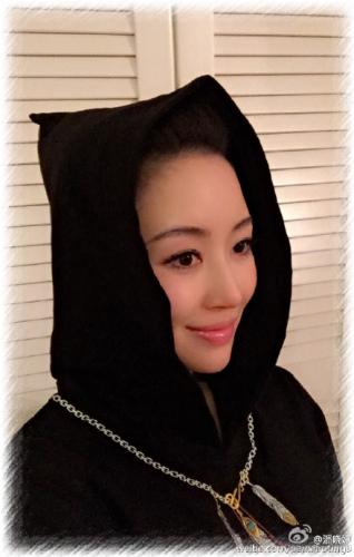 潘晓婷微博。