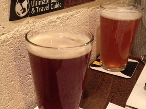 关于生啤、扎啤、冰啤、干啤、黑啤分别是什么意思?,你弄清楚过吗?今天,小编就来科普一下!   所谓的生啤、熟啤,是根据啤酒不同的杀菌方法命名的。   生啤酒(鲜啤酒)是指包装后不经巴氏灭菌的啤酒,其味道鲜美,但容易变质,不易保存。生啤酒经严格的过滤程序,将杂除去后,变成为纯生啤酒(纯鲜啤酒), 这样的啤酒存放几个月也不会变质。生啤中的鲜酵母可刺激胃液分泌、增强食欲、促进消化吸收,对瘦人增强体质、增加体重很有帮助。