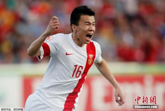 资料图:1月18日,2015亚洲杯小组赛B组,中国2-1胜朝鲜,获得小组赛三连胜。