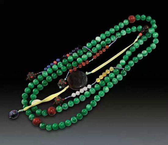 官场时尚 古代当官的如何把玩108颗朝珠
