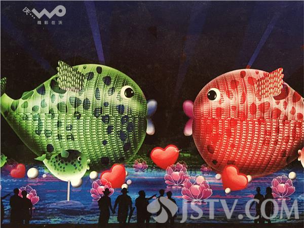 负责制作这组灯组的师傅介绍说,这两条鱼大概要一万八千个矿泉水瓶,一图片