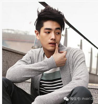 帅男照片大全厚重的刘海是原年的形势所趋插图(18)