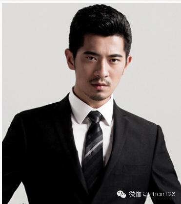 帅男照片大全厚重的刘海是原年的形势所趋插图(2)