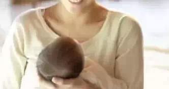 新生儿错误护理动作或成宝宝杀手