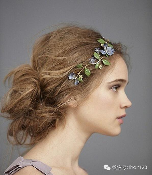 简约柔和新娘盘发:优雅中带着大气,新娘盘发发型要的就是气场,高盘出