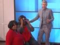《艾伦秀第12季片花》S12E100 观众互动蒙眼跳舞抢座椅