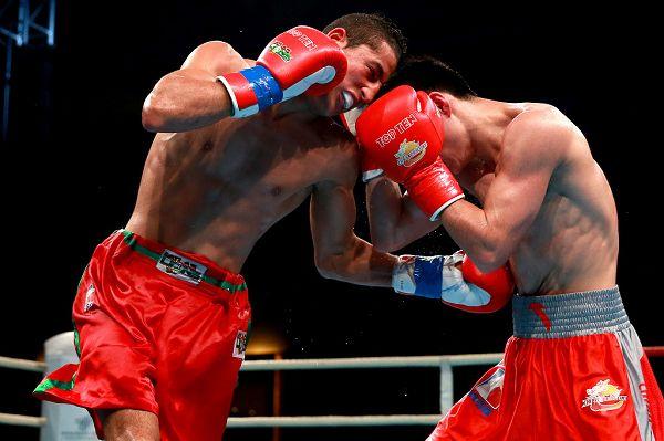 图文:WSB世界拳击联赛刁剑豪晋级 比赛的残酷性