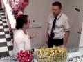 《艾伦秀第12季片花》S12E102 艾伦派编剧充当收银员恶搞顾客