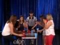 《艾伦秀第12季片花》S12E102 现场观众玩游戏比拼合作力