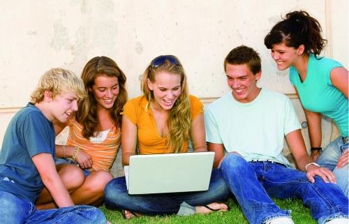 西班牙留学:公立大学本科申请费用解析