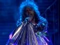 《柯南秀片花》烈焰红唇乐队出新专辑 麦莉与其献唱最新单曲