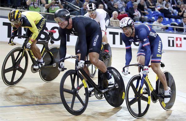图文:2015场地自行车世锦赛 男子凯琳赛