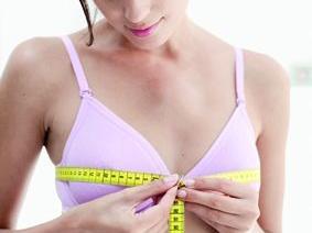 产后如何预防乳房萎缩、下垂