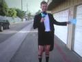 《艾伦秀第12季片花》S12E108 艾伦助理穿西装短裤惊艳亮相