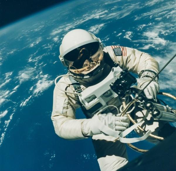 美国骗局高清_将近700张NASA珍贵太空照片将拍卖-搜狐滚动