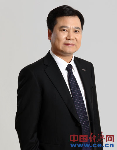 全国政协委员、苏宁云商董事长张近东(资料图)