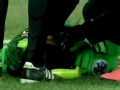 视频-宋博轩周挺救驾心切 头对头相撞倒地不起